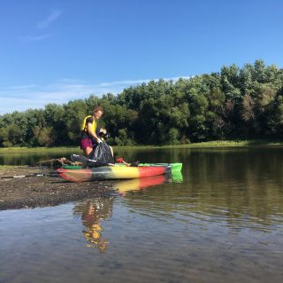 We need experienced kayakers to help Outdoor Pursuits with a Scioto River Cleanup. If you can help us on August 8, register via our community calendar: outdoor-pursuits.org/events-calendar/ #copandme#keepohiobeautiful #sciotoriver #rivercleanups #greencolumbus